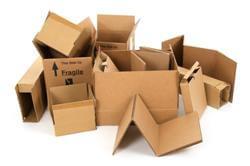 קופסאות קרטון משומשות לאחר הובלה